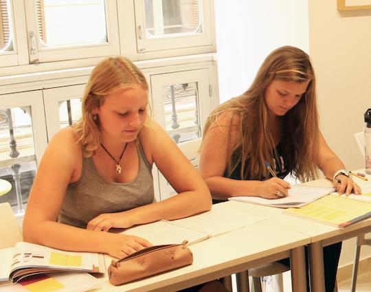 Cursos de preparación de exámenes de español en Málaga