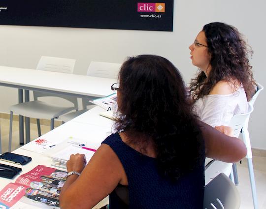 Cursos de examen de español en Málaga