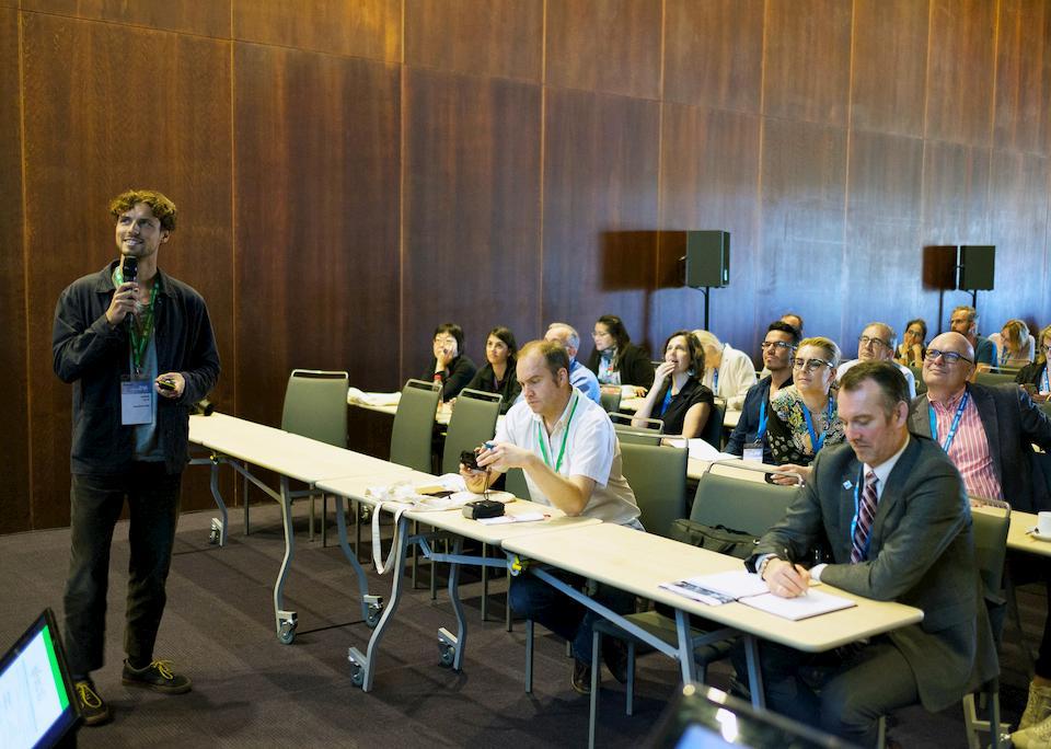 Wirtschaftsspanisch Pruefungsvorbereitungskurs Spanischkurs fuer die Geschaeftswelt bei CLIC Sevilla