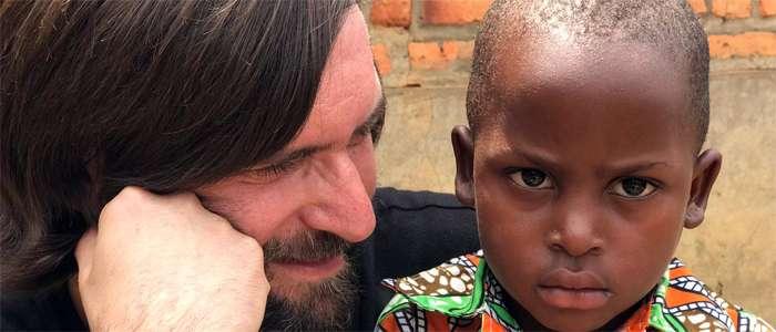 Alberto Granados, profesor de CLIC IH, habla sobre su viaje a Ruanda para colaborar con Museke